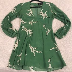 RÉALISATION GREEN DRESS